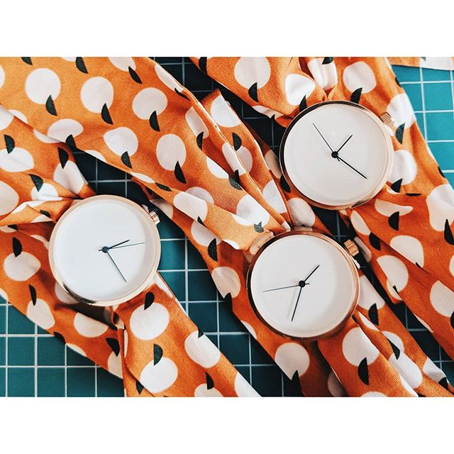 We are getting back to work after our holidays and it's decision time. Should we make some more orange textile watches for the upcoming season? 🍊🍊🍊 #decisionsdecisions #may28th #may28thshop #may28thwatches #flatlays #orangeisthenewblack