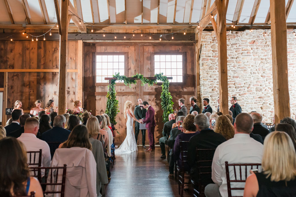 barn-stoneybrooke-JN-pennsylvania-wedding-photographer-413.jpg