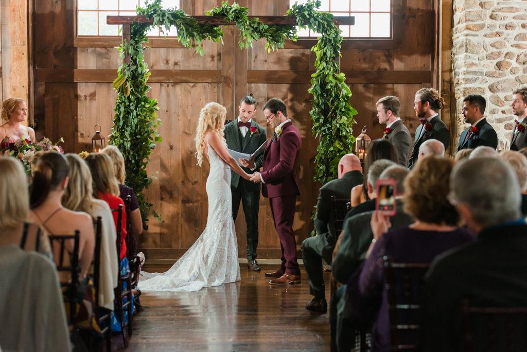 barn-stoneybrooke-JN-pennsylvania-wedding-photographer-426.jpg