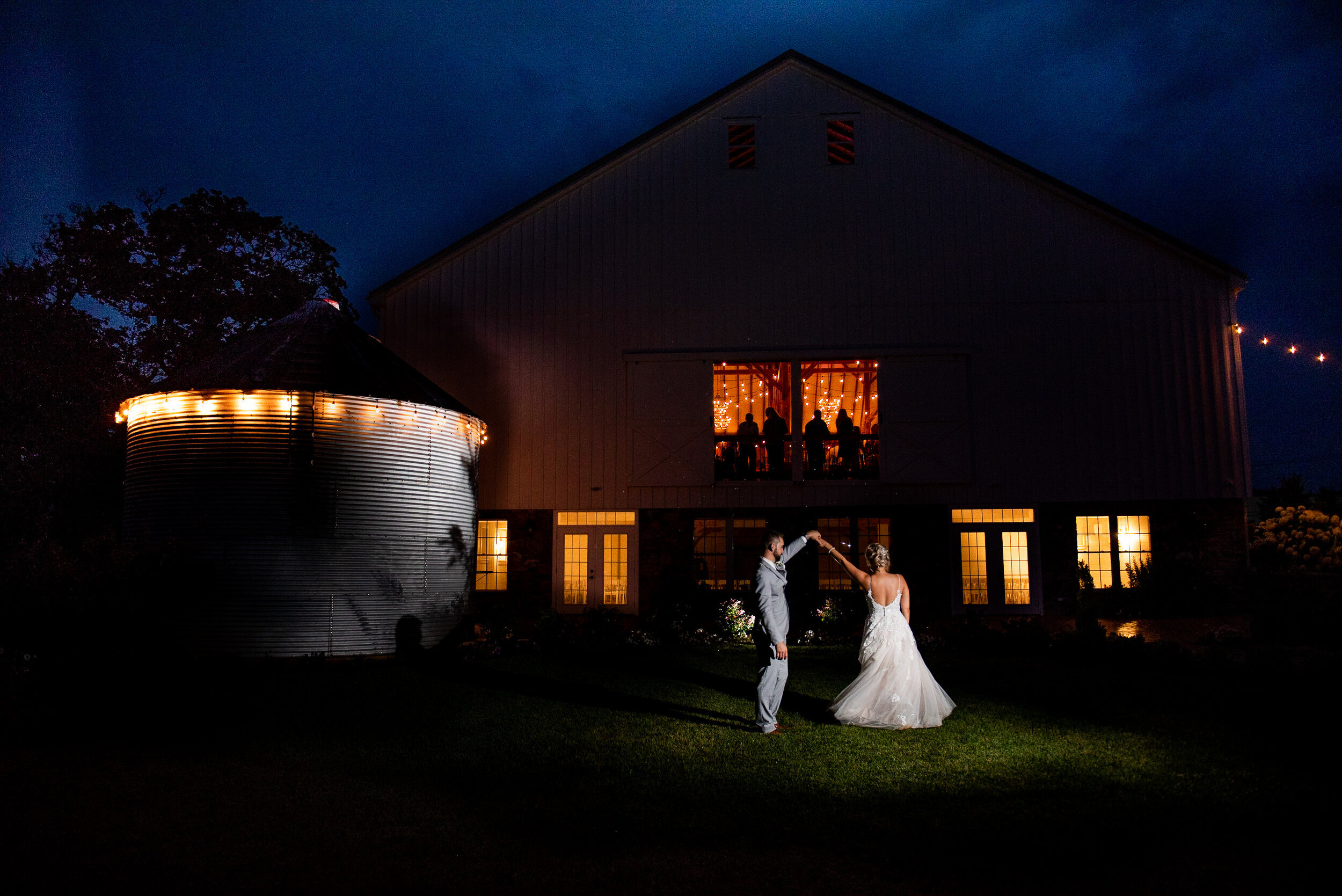 Photos by Emilly - LONG Wedding (37).jpg