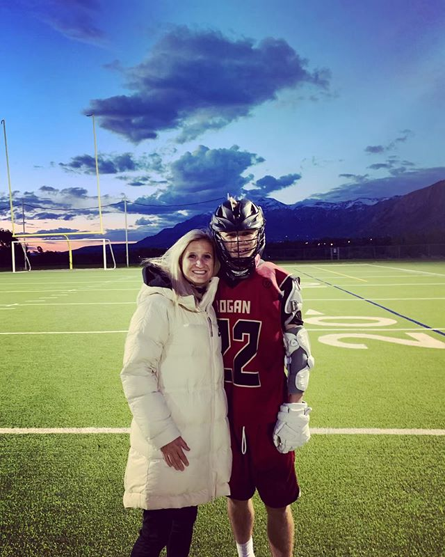 I had a wonderful (albeit freezing) time at @romegawd last lacrosse game for the season! It was such a good game and they played their hearts out! 🥍 Roman got 2 awesome goals as well! 😎 #lacrosse #lilbro #notsolittle #lax #laxlife #freezing #woremyfulloncoatinmaydont@me #mamatime #mamalisa #romeo #lhs #loganlacrosse