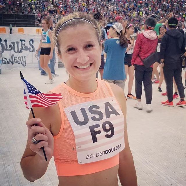 BOLDERBoulder is coming up on Monday! I can hardly wait! Last year was such an incredible experience and I am so excited to be a part of the international team challenge once again representing the 🇺🇸 #BOLDERBoulder #OhYesYouWill #boulder #co #finishinthestadium #usa #internationalteamchallenge #10k #runner #speedytay