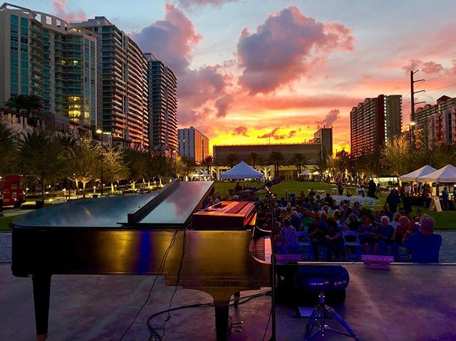Last weekend @tsoif ran point on a special @ethanbortnick concert.  It was 2hrs of great music, witnessed by a lot of wonderful family members and friends. • • #foh #tourmanager #concert #music #florida #piano #sunset #instagood #picoftheday