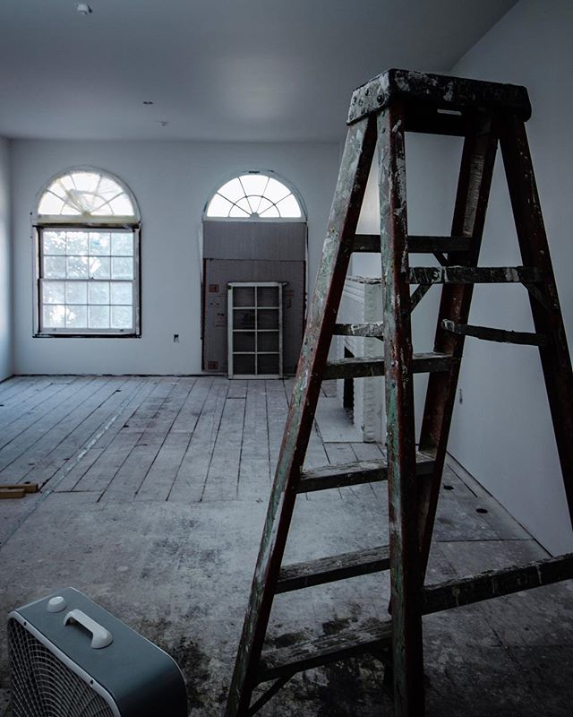 This will soon be a beautiful apartment! ⠀ ⇋⇋⇋⇋⇋⇋⇋⇋⇋⇋⇋⇋⇋⇋⇋⇋⇋⇋⇋⇋⇋⇋⇋⇋⇋⇋⇋ #apartmentrenovation #remodel #building #premierstructuresinc #jobsite #buildinginprogress