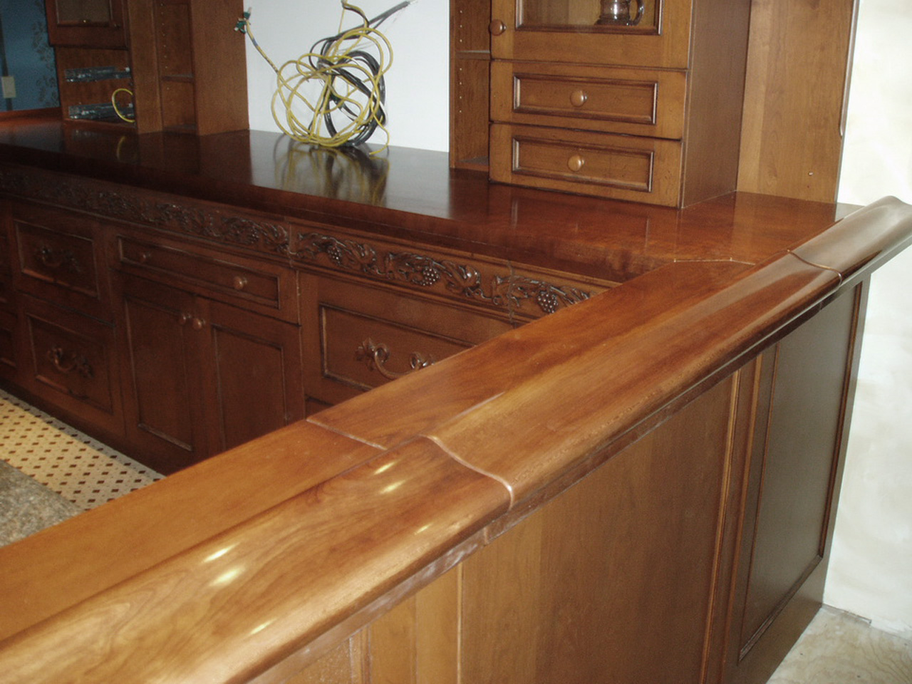 Victorian Wood Bar Rail