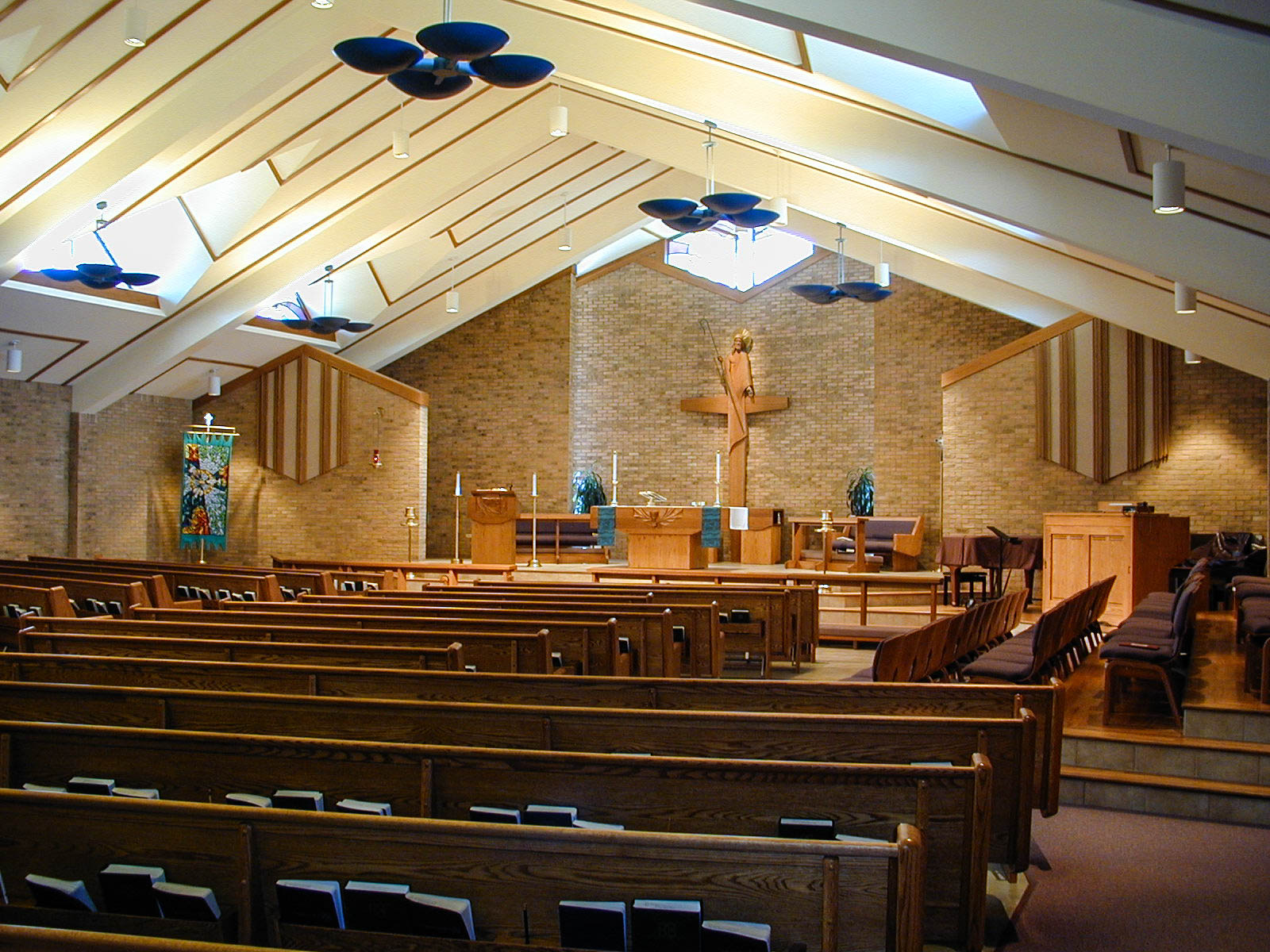Holy Shepard Lutheran Church. Lakewood, CO