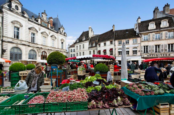 Marché at Beaune.