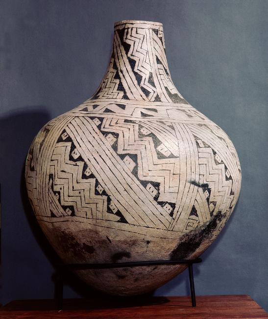 Pottery vase with black-on-white geometric design. Country of Origin: USA. Culture: Mogollon/Anasazi culture. Date/Period: c. 1000 AD. Credit Line: Werner Forman Archive/ Museum of Canyon de Chelly, Arizona . Location: 05.    Photo Credit:   HIP / Art Resource, NY    Image Reference:   AR9127377