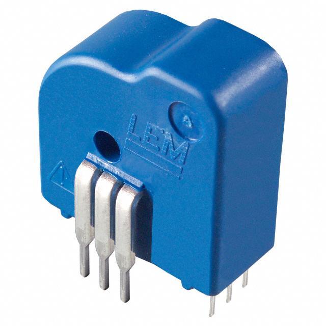 LEM LTS 25-NP电流传感器。 测得的电流可以通过中心孔穿过电线,也可以通过电路板路径连接到主脚。