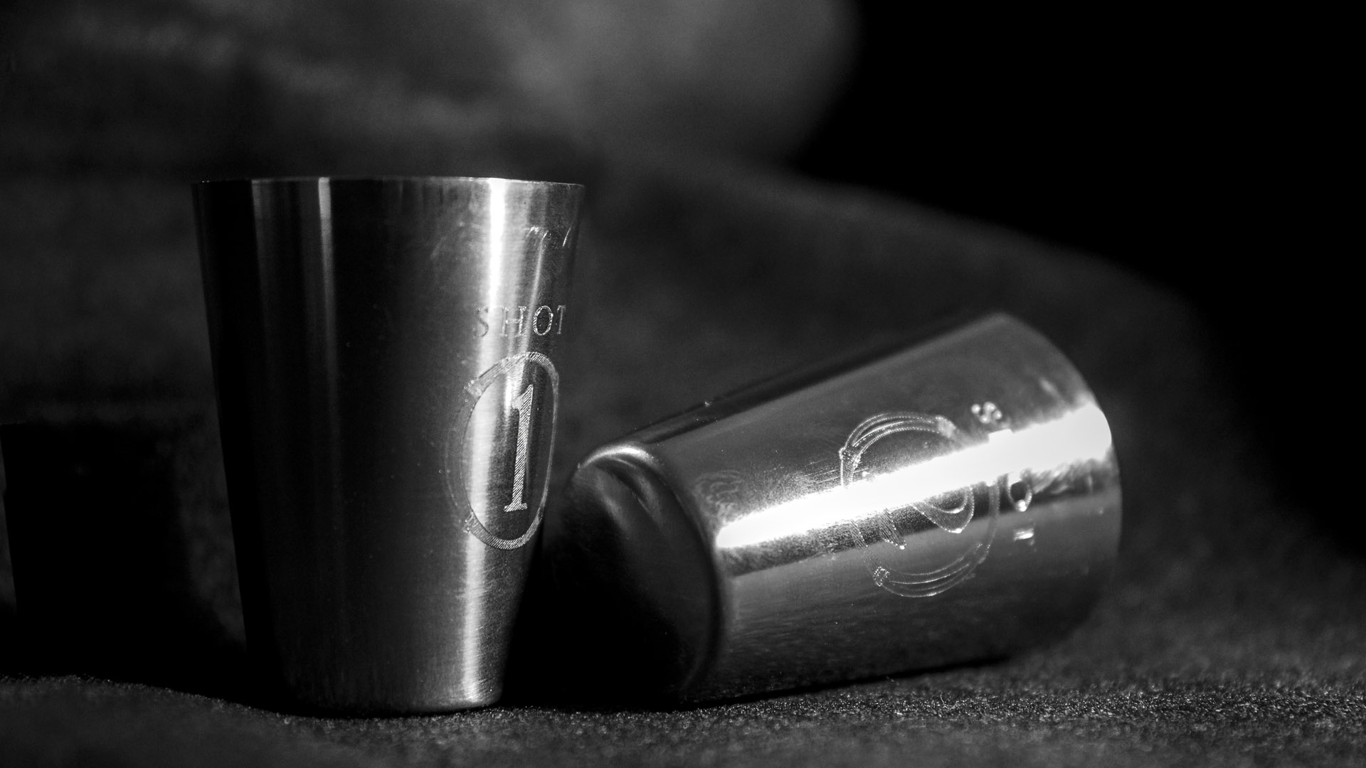 bohan  | CPG  | Dueling Grounds CLEAR silver shot glasses