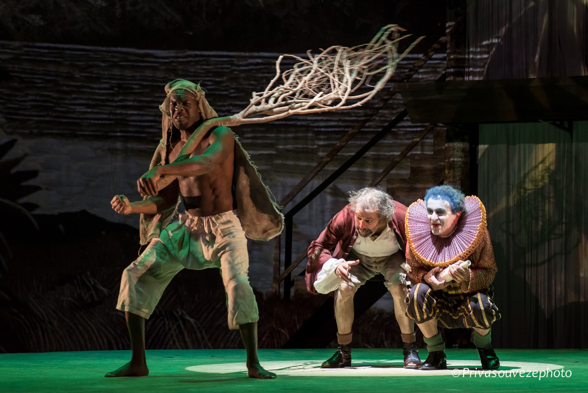 Hervé Goffings as  Caliban,  Jean-Louis Fayollet as  Stephano  and   Stéphane Delbasse as  Trinculo.
