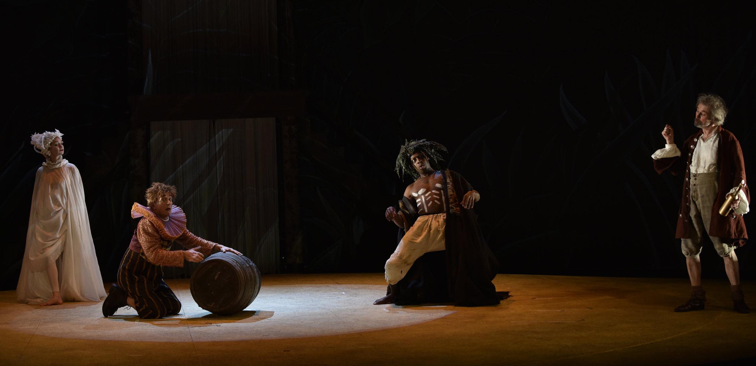 Chiraz Aïch as  Ariel , Stéphane Delbasse as  Trinculo,  Hervé Goffings as  Caliban  and Jean-Louis Fayollet as  Stephano.
