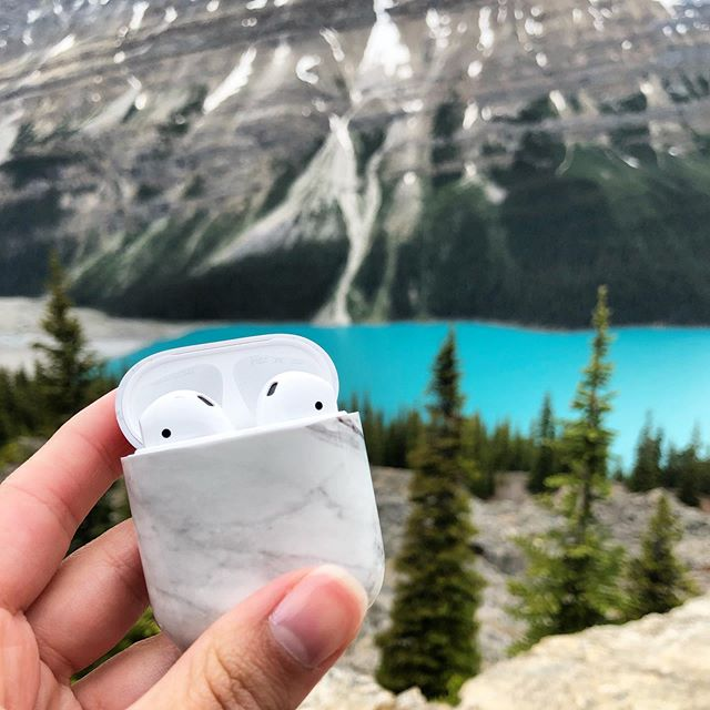 Wham Banff thank you mamf! Just finished up our Banff National Park adventure and now we are off to hike Glacier National Park tomorrow! Follow along on My Stories! 🥾 // P.S. I love to travel with my AirPods but I'm afraid my case is gonna get all scratched up so I prefer to have a cover for it. This marble cover is only $10 from Amazon. It fits like a glove, is super light weight/thin, and is insanely cute! Linking it up via the link in my bio! HAPPY 4TH EVERYONE!