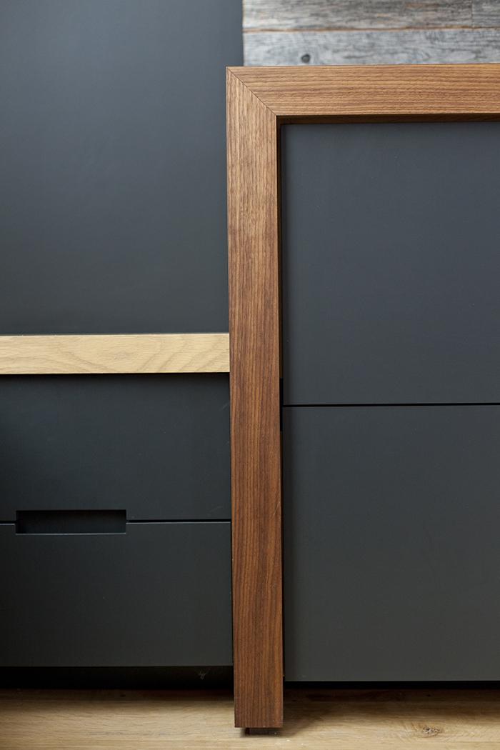 modtage-design-interior-san-francisco_cabinet-detail-walnut-oak-black_MG_8269.jpg