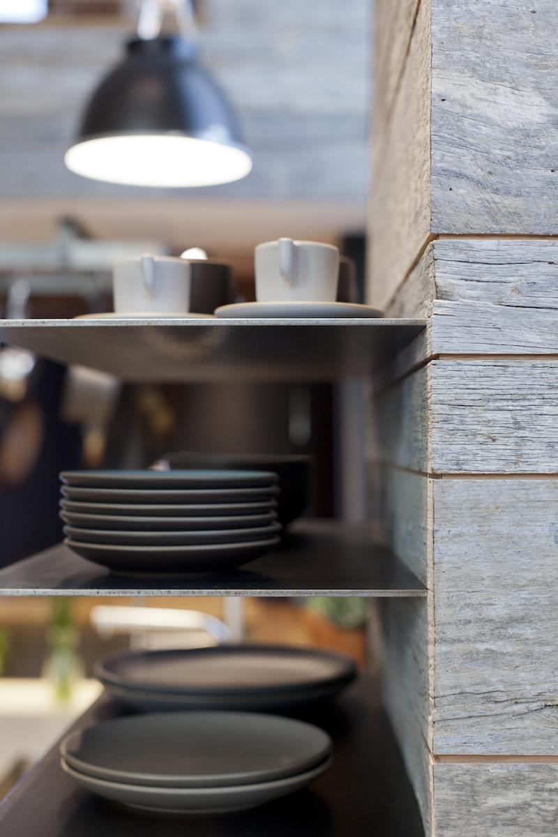 modtage-design-floating-shelves.jpg