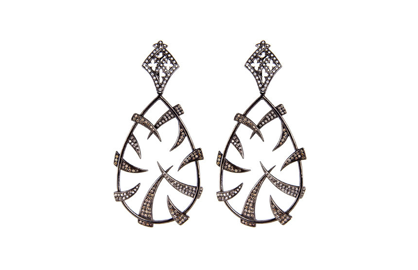 Pear Shaped Claw Earrings