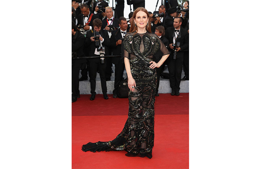 Julianne Moore in Givenchy Couture 2016