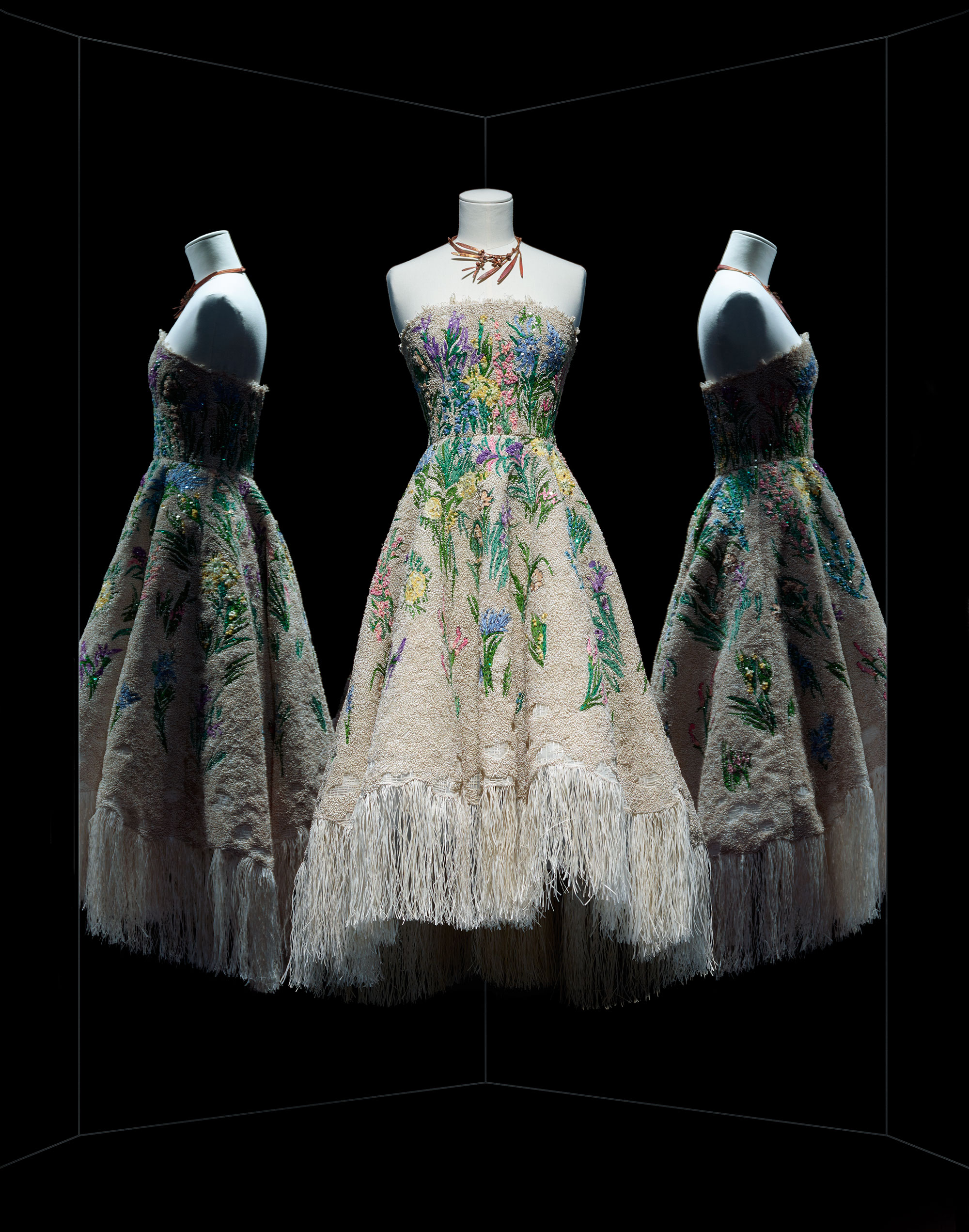 Maria Grazia Chiuri for Christian Dior, haute couture spring-summer 2017 / Photo:Photo:© Photo Les Arts Décoratifs / Nicholas Alan Cope