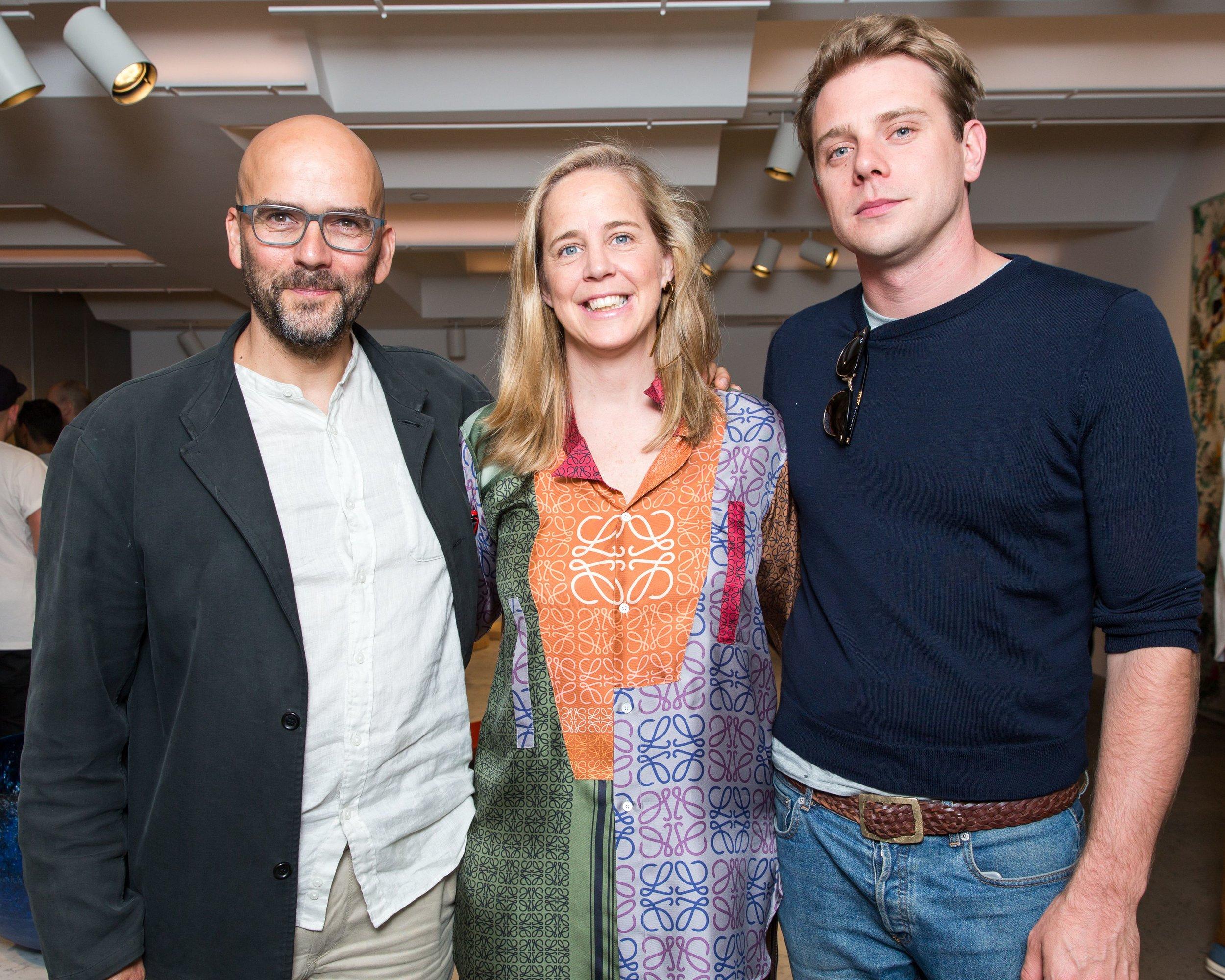 Ernst Gamperl with Sheila Loewe and Loewe Creative Director Jonathan Anderson / Photo: Benjamin Lozovsky/BFA.com