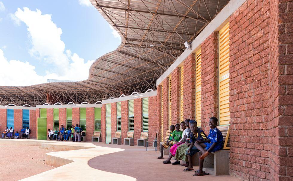 The Lycée Schorge Secondary School in Burkina Faso / Photo: Iwan Baan