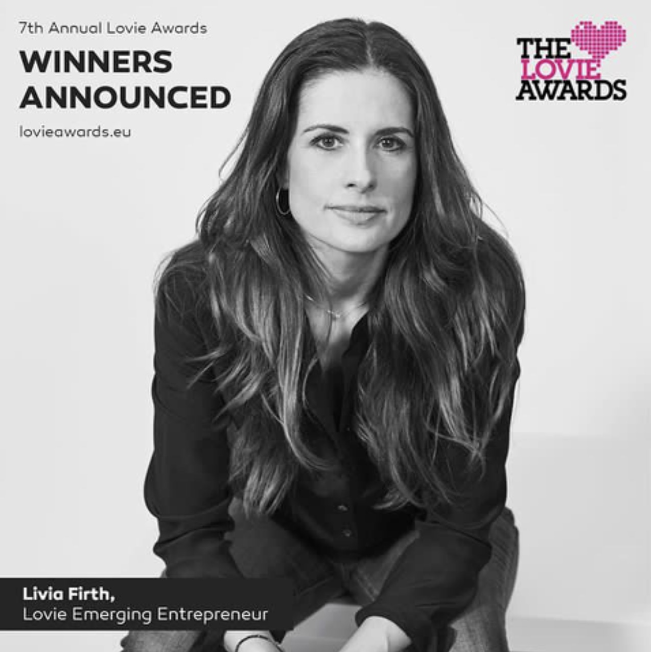 Livia Firth honored at the 2017 Lovie Awards / Photo: @thelovieawards