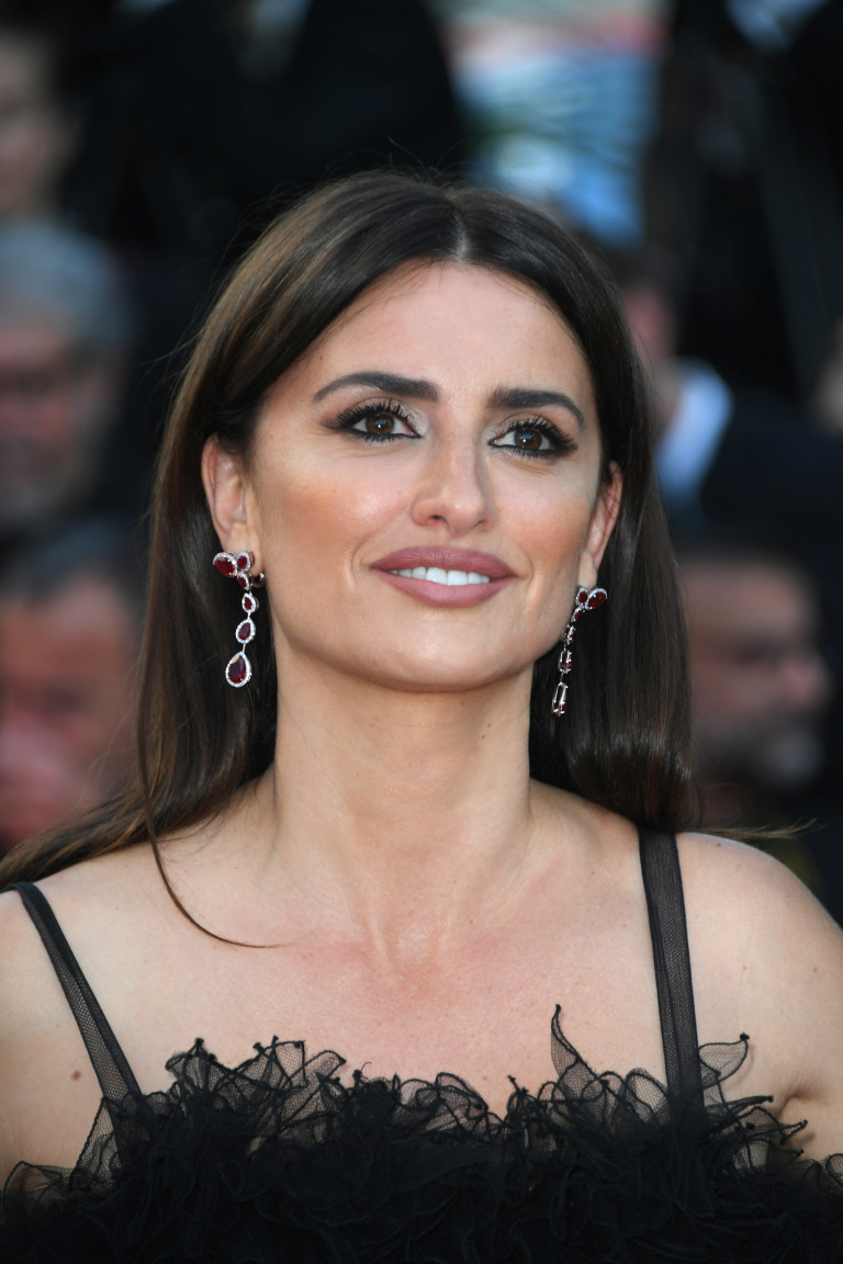 Penélope Cruz at the 2018 Cannes Film Festival wearing Atelier Swarovski jewelry which features Swarovski Created Diamonds, created gemstones and Fairtrade Gold.