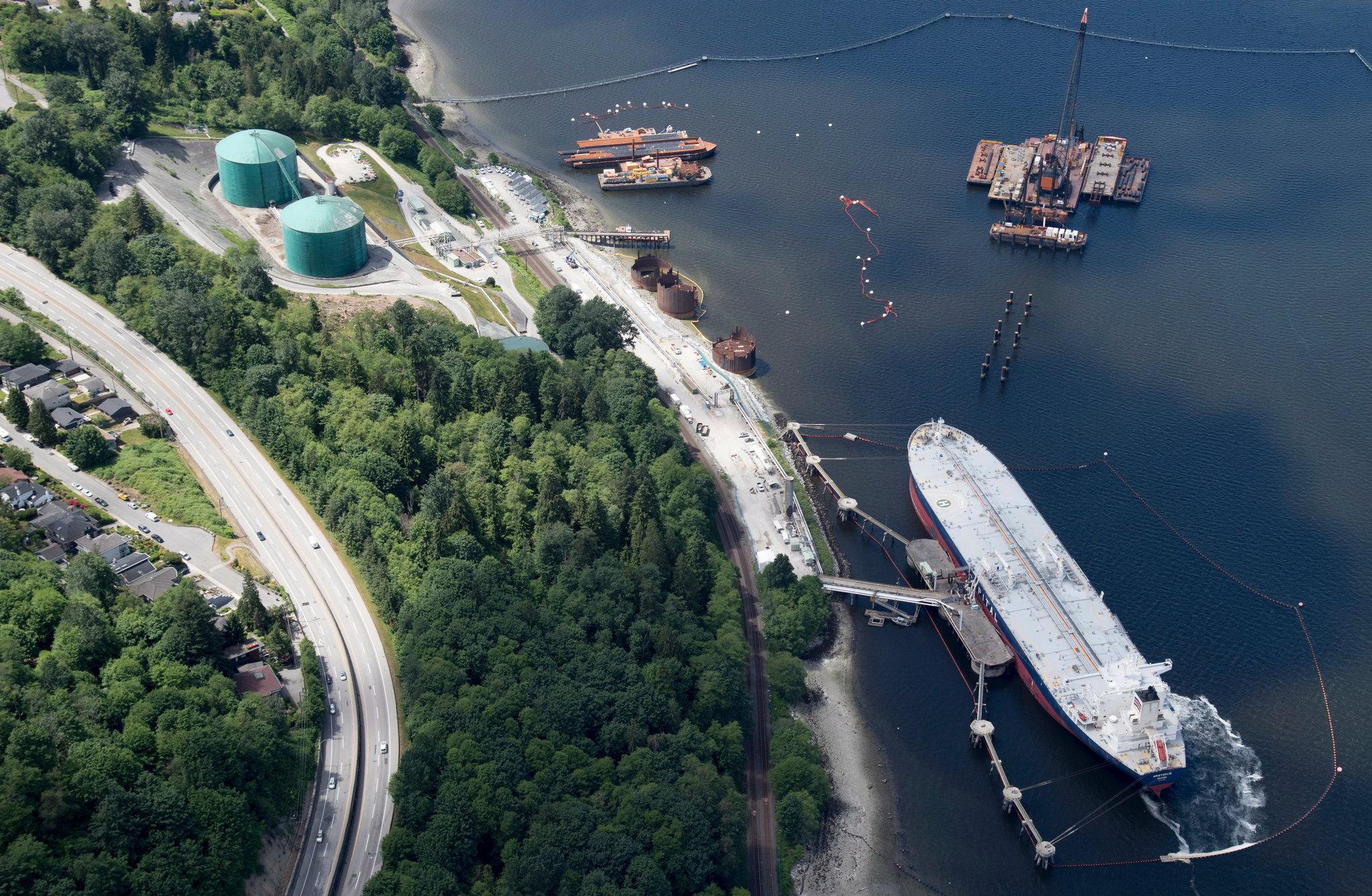 A Trans Mountain Pipeline marine terminal in Burnaby, British Columbia / Photo: Jonathan Hayward/The Canadian Press, via Associated Press.