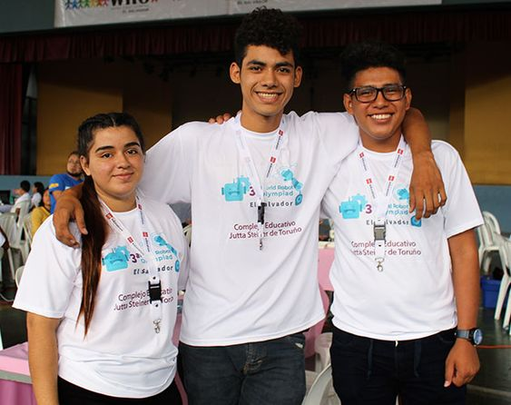 Students at the Glasswing Robotics Club at Jutta Steiner de Toruño Public School in San Salvador, now a Glasswing Community School, who last year won the first place at a National Robotics Competition.