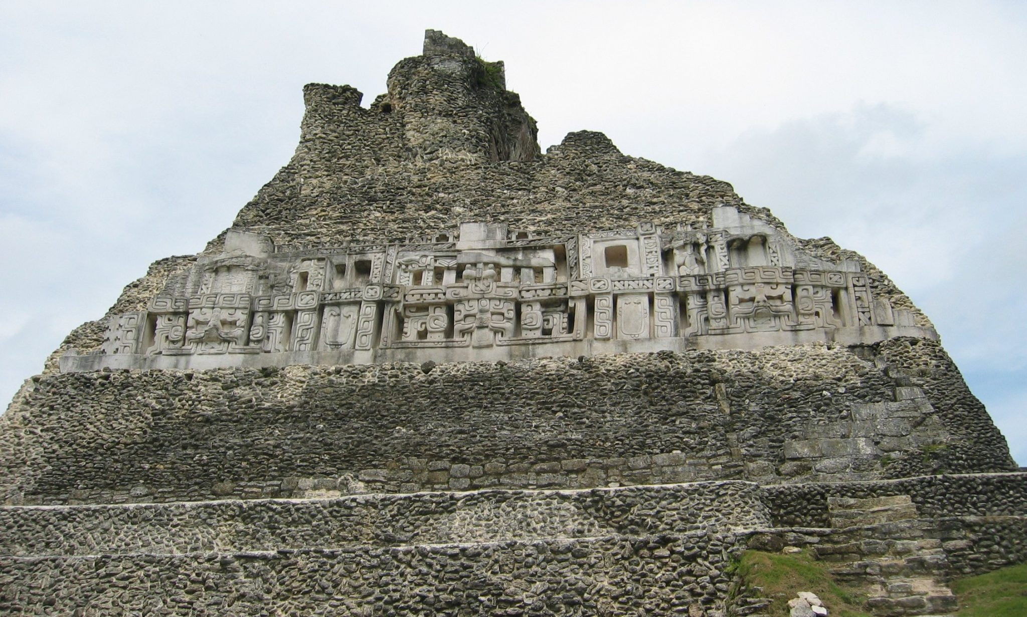 El Zotz is located within the San Miguel la Palotada National Park bordering the Tikal National Park.