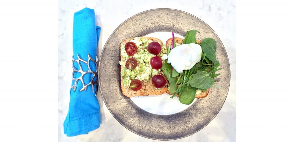 avocado-and-poached-egg-on-toast-recipe