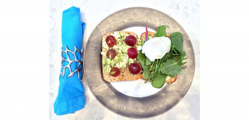 avocado-poached-egg-on-toast-recipe