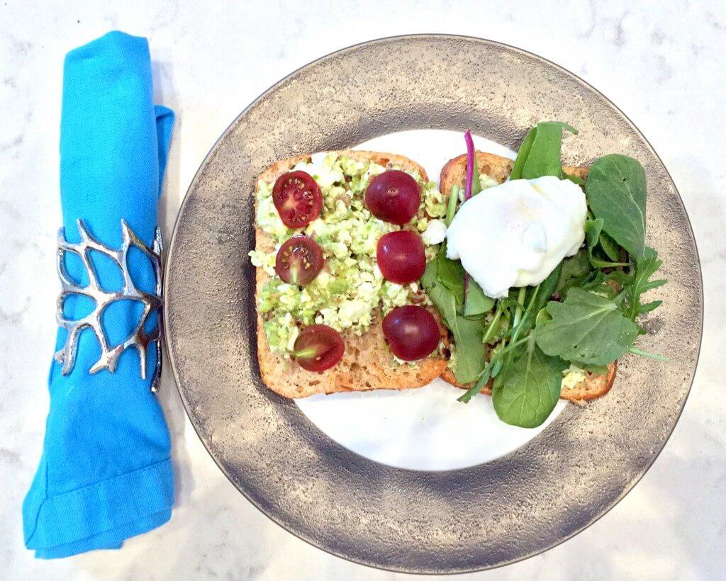 avocado-poached-egg-on-toast