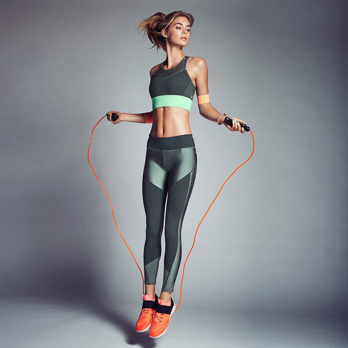 Fabletics reviews personalized outfit recommendation green workout gear