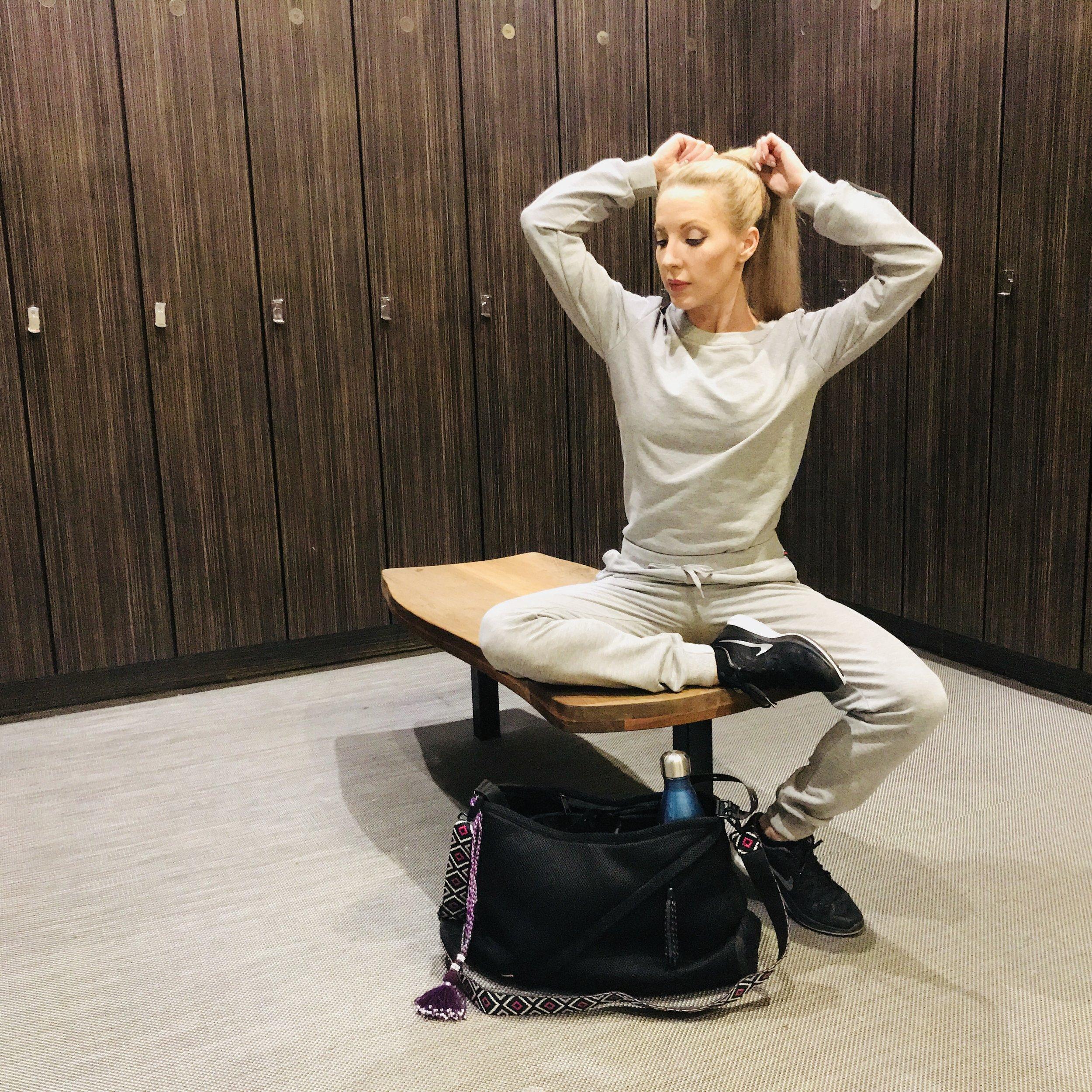 Fitness Model Eve Dawes Go Dash Dot Infinity Bag Gym locker room