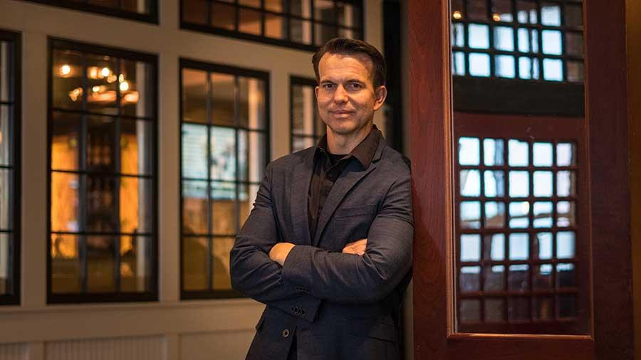 Paul Edwards Podcast Host, Entrepreneur, Speaker, and Best Selling Author.