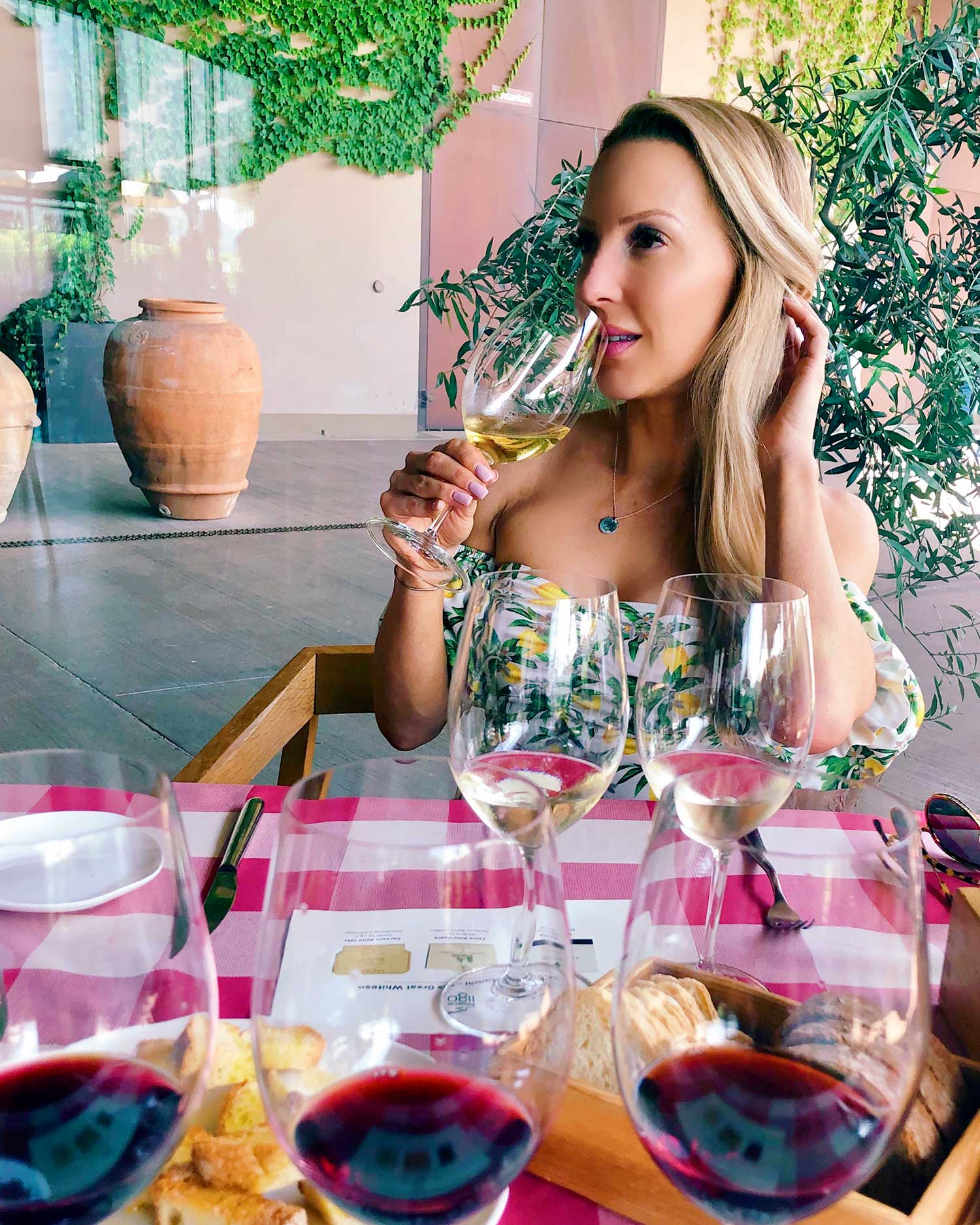 Straight off the plane to lunch at the winery. Putting the  lippy  (it's 'Exposed' from my mini lipstick trio perfect for traveling) and  crease-free eyeshadow  through the test: a 24 hour journey to get here, wine and heat , I've got you girls ;)