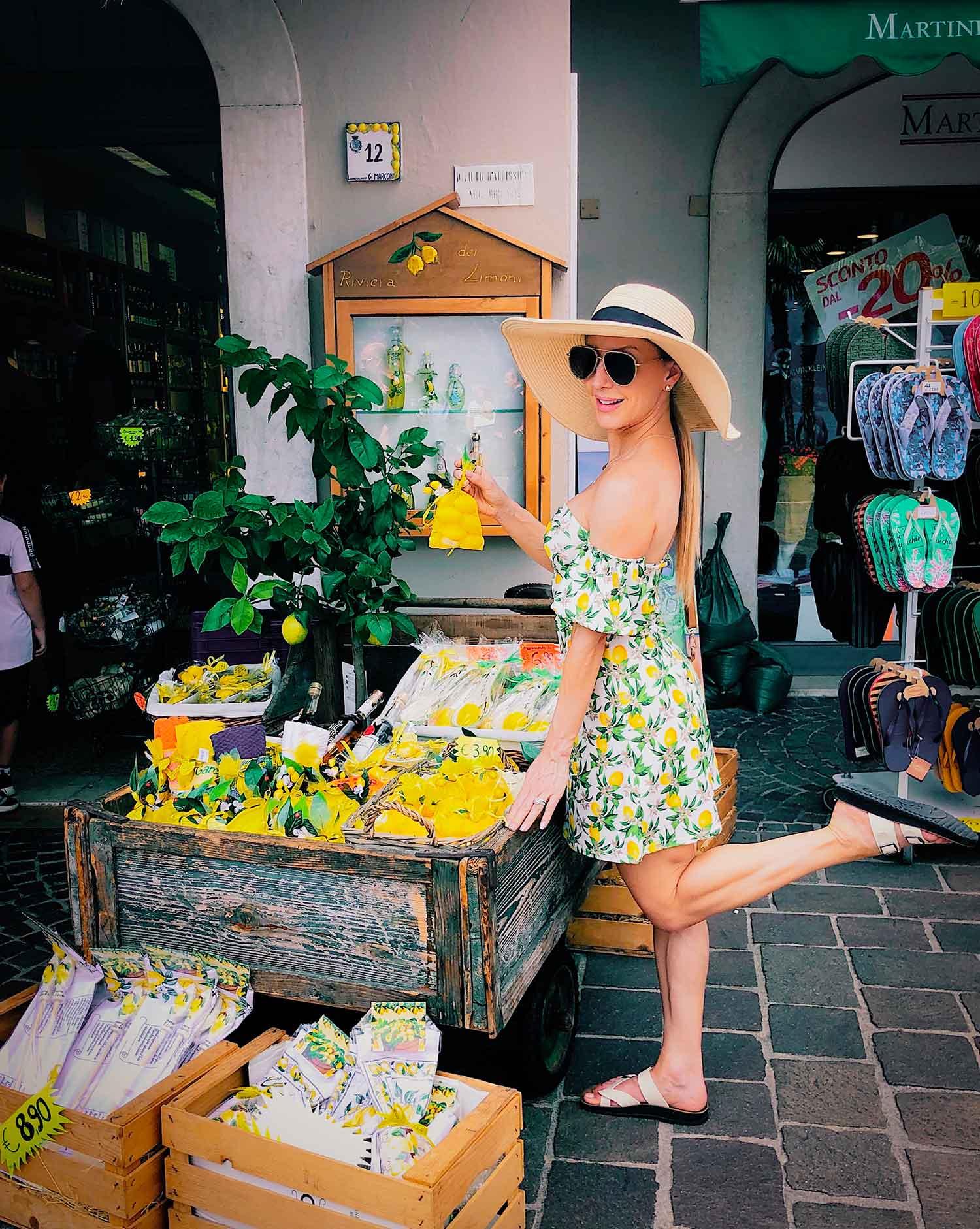 Limone sul garda Italy lemons shop travel blogger eve dawes lemon print dress