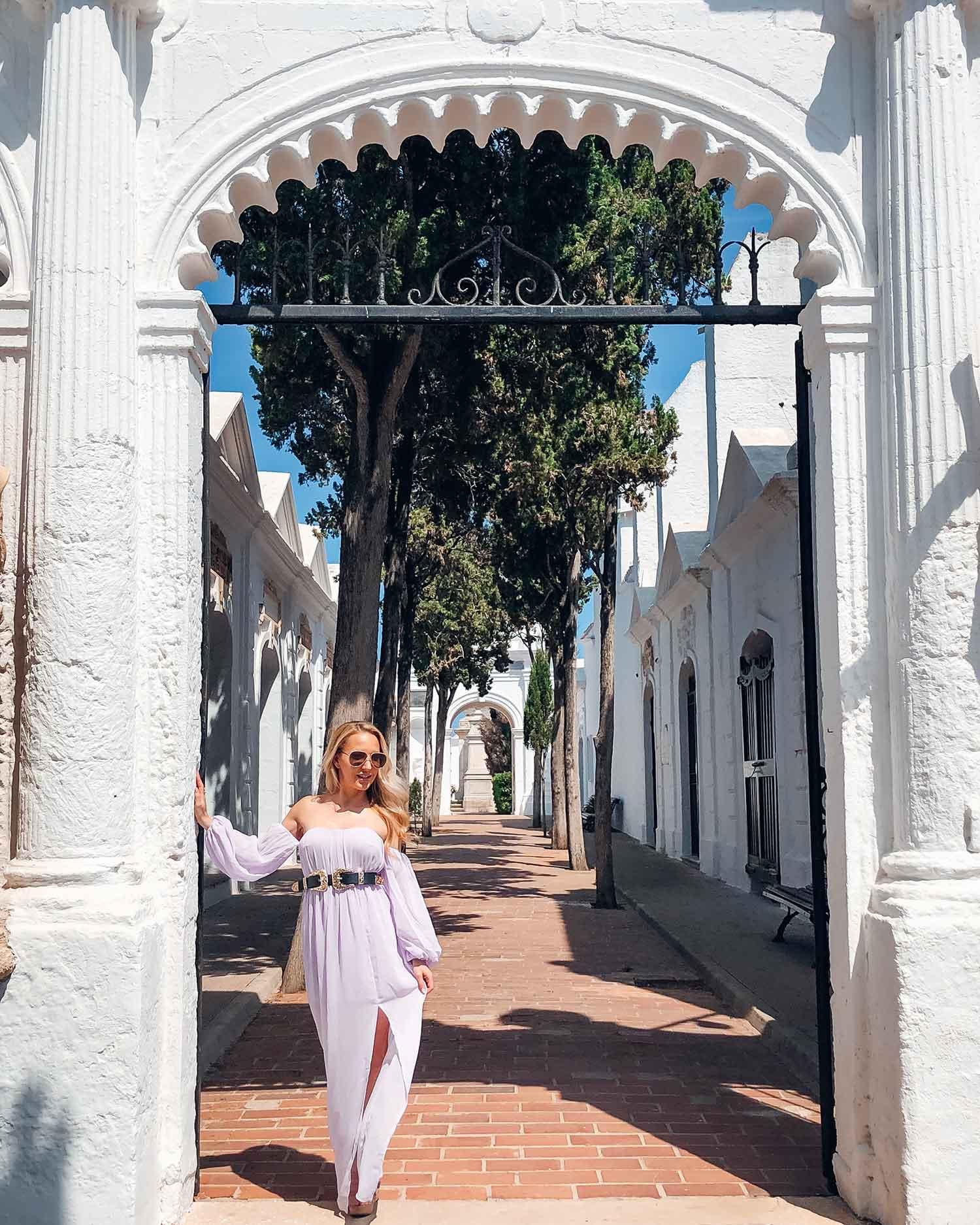 Luxury travel blogger Eve Dawes vacation Menorca white washed buildings