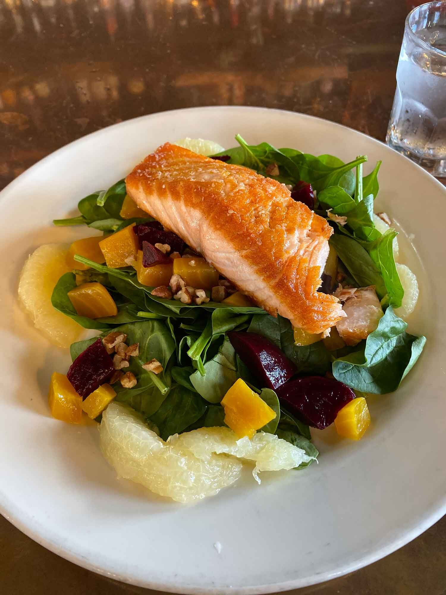 how to stay in shape healthy salmon spinach grapefruit salad