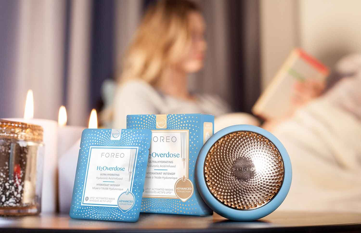 Foreo H2Overdose facemasks and blue UFO