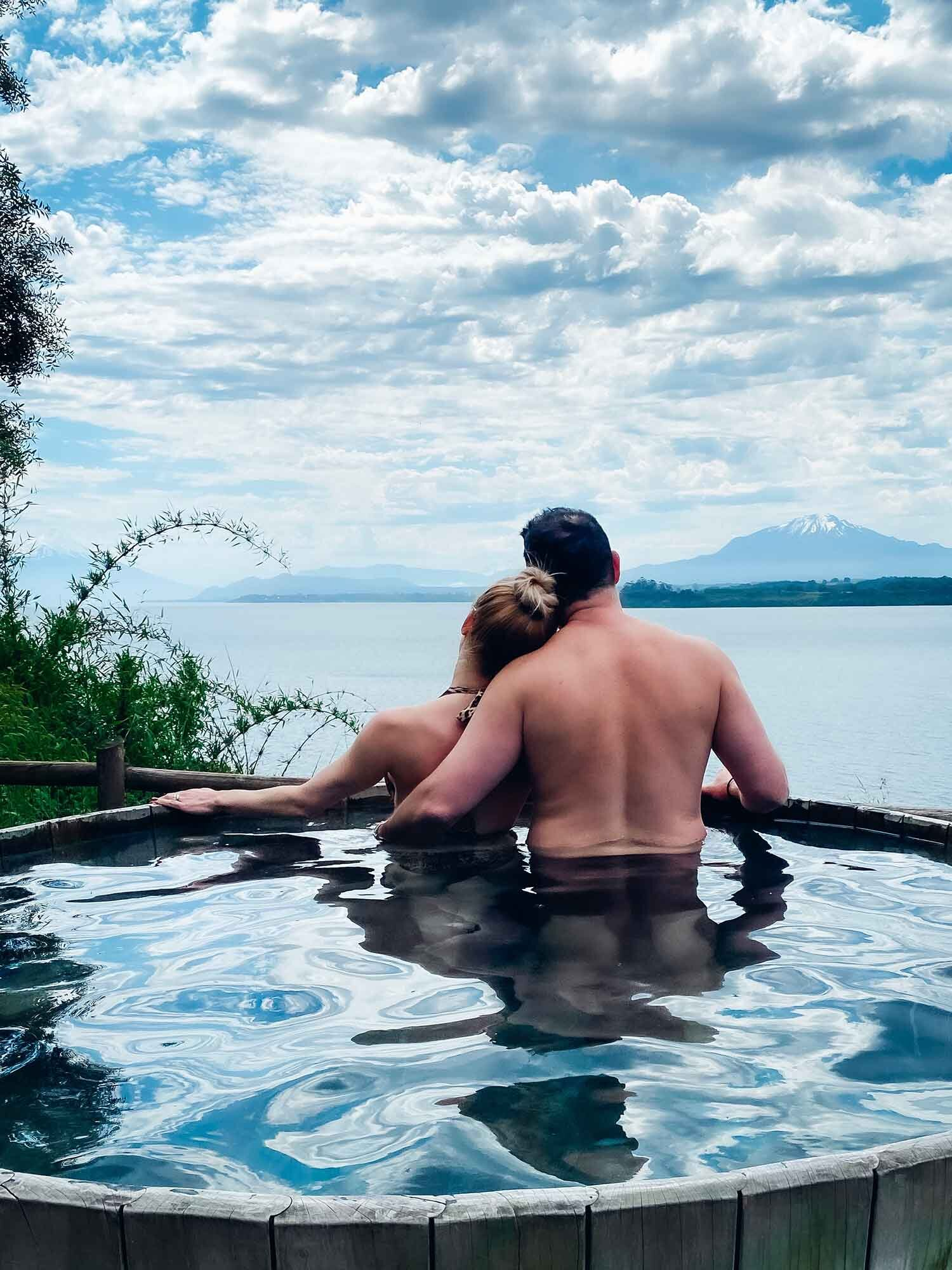 Travel blogger Eve in Outdoor hot tub hotel Puerto Varas Chile