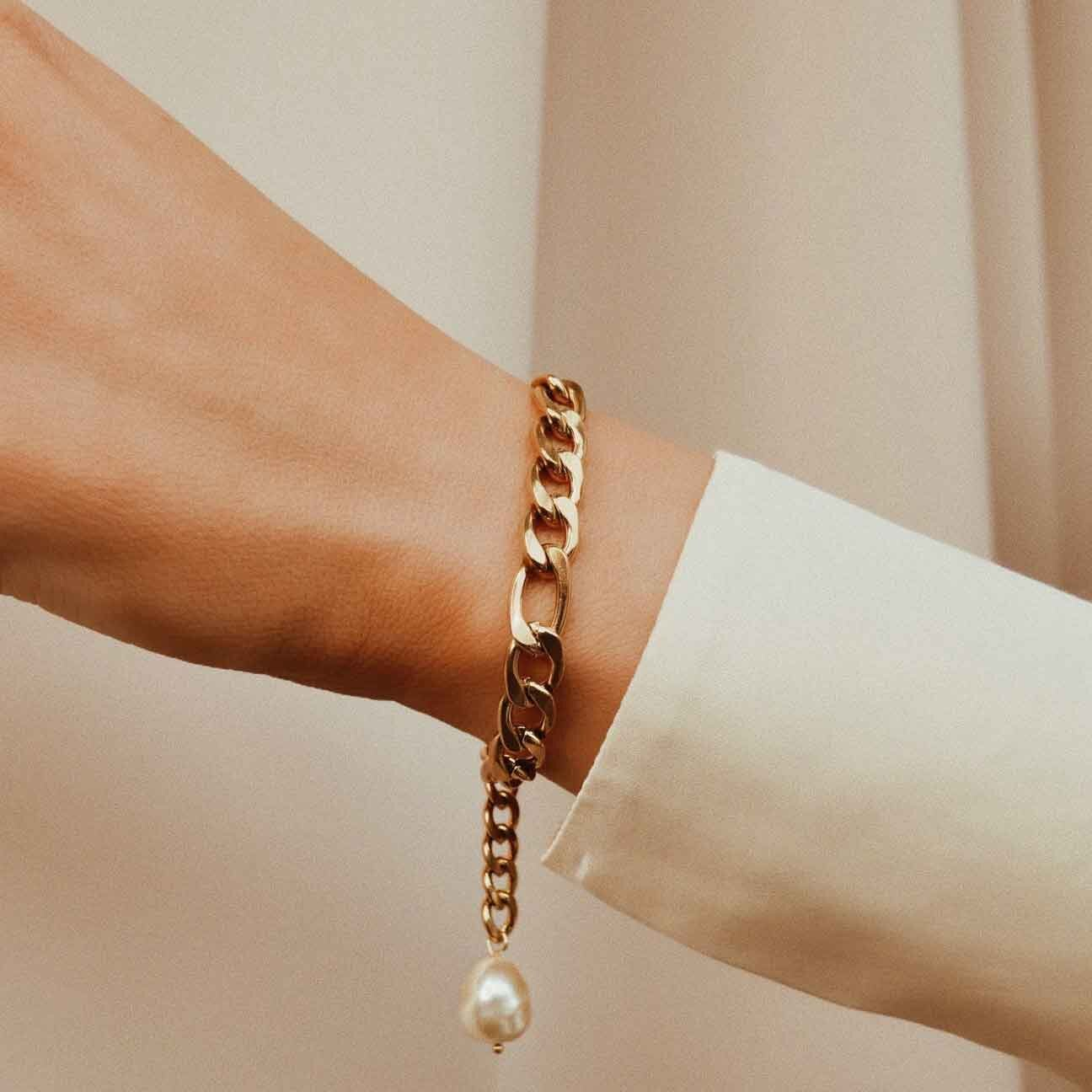Valentines day gifts her Gold pearl bracelet Nicole Ballardini The Boutique