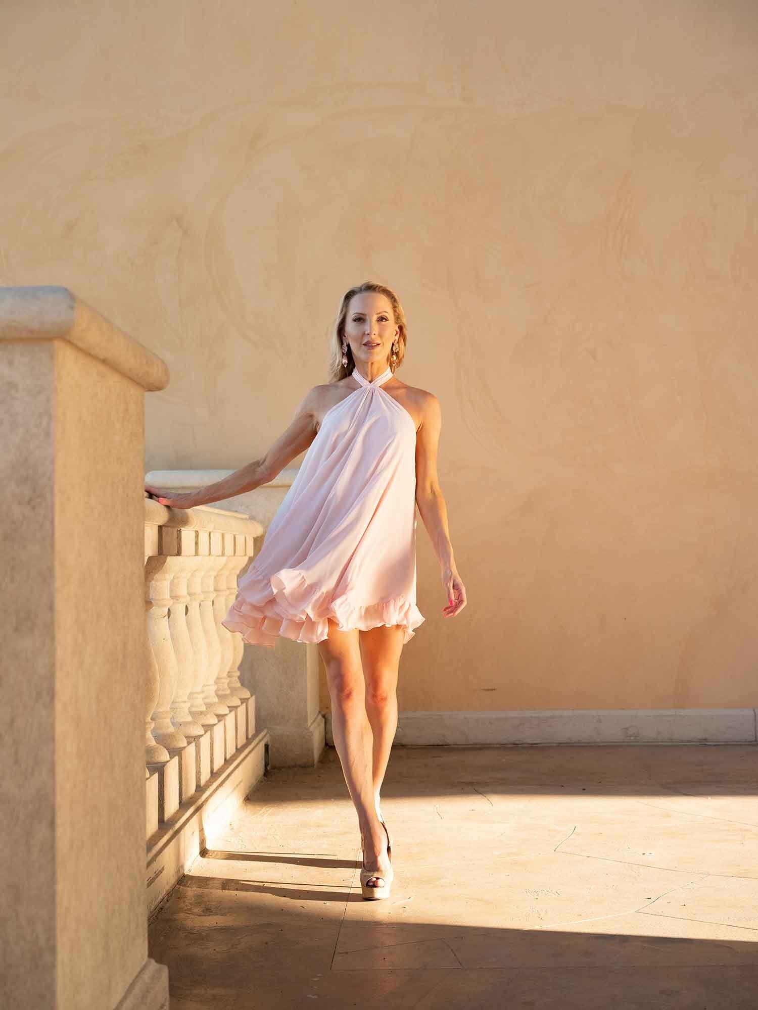 Fitness blogger Eve Dawes Las Vegas spring makeup pink dress
