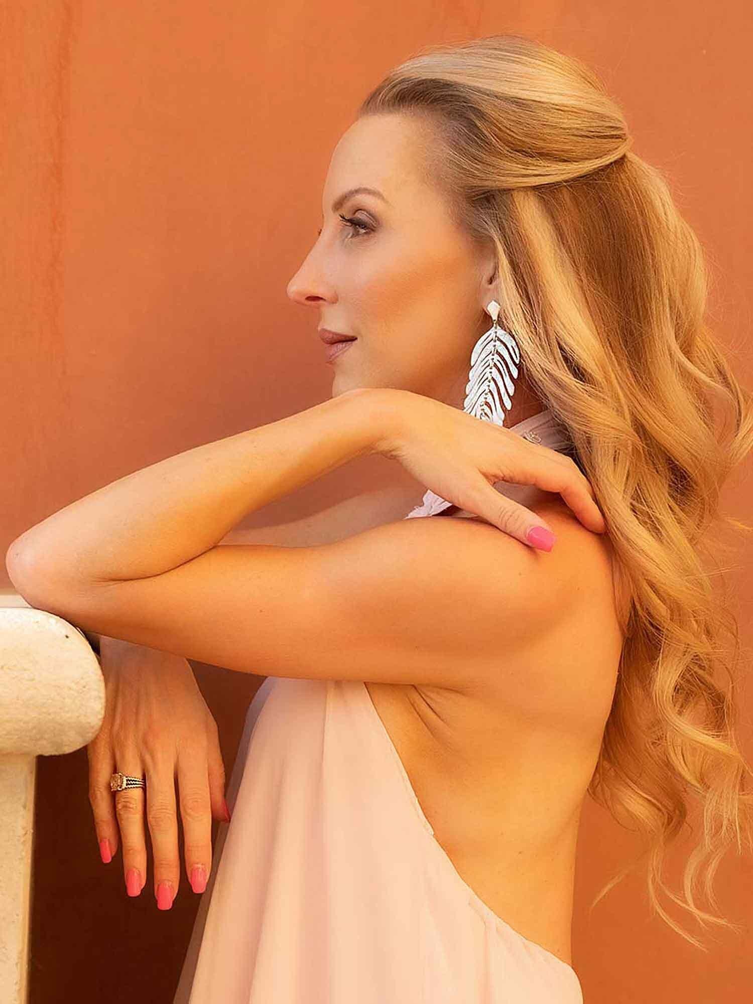 Fitness blogger Eve Dawes dewy fresh spring makeup pink dress