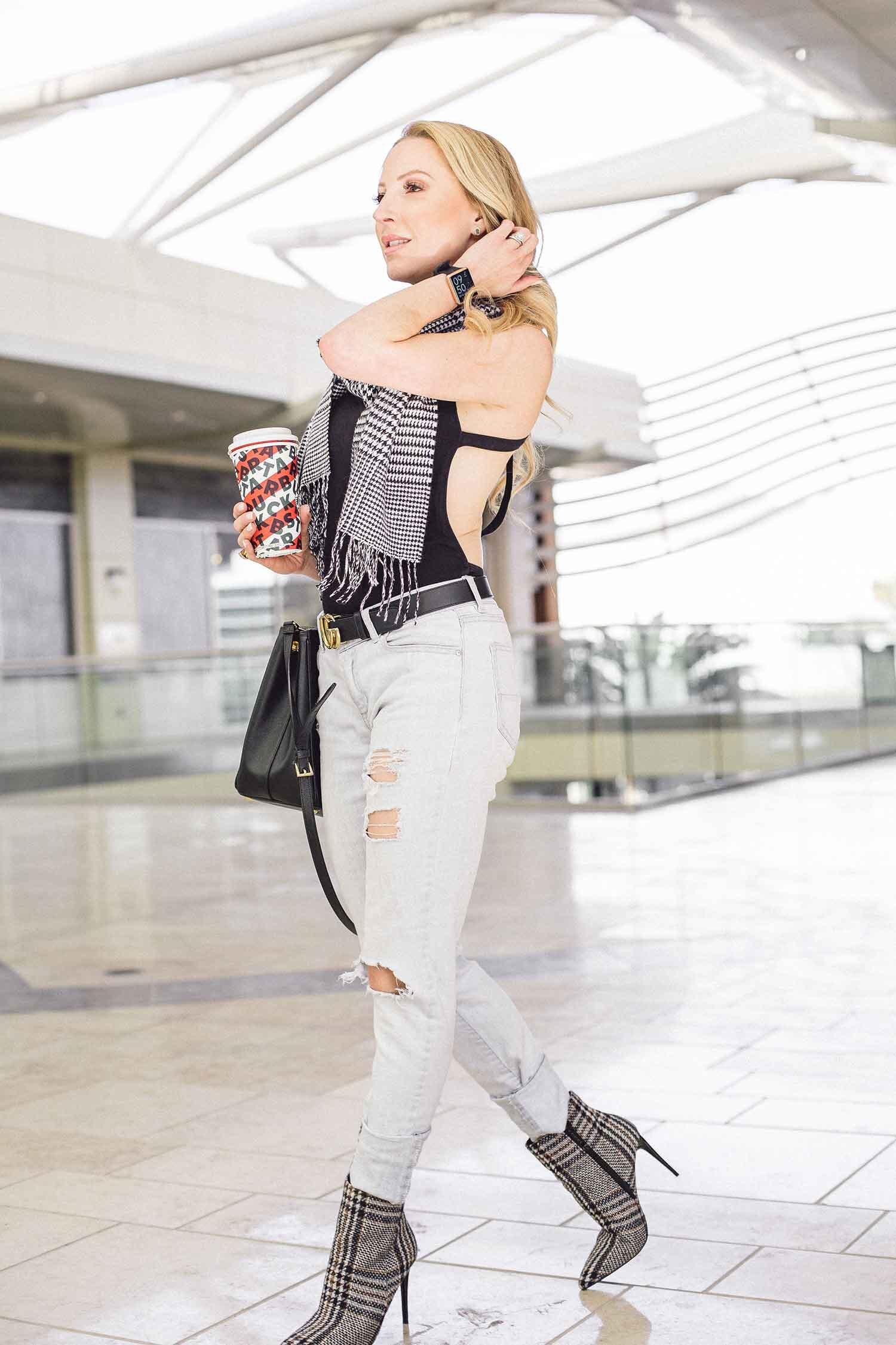 low sugar Starbucks drinks Fitness blogger Eve Dawes walking