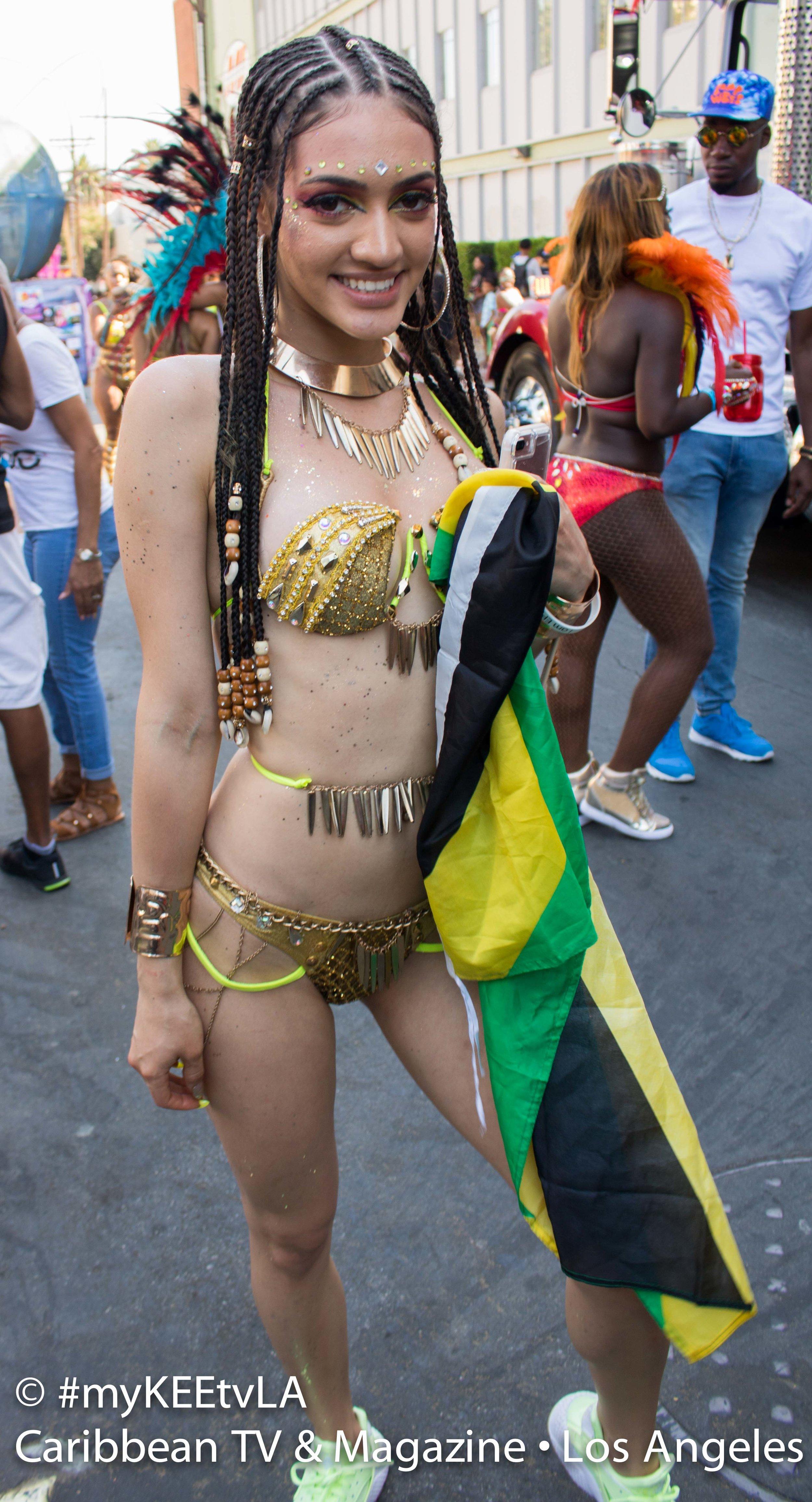 Samantha J Hollywod Carnival 17_0132 HQ-5-2.jpg