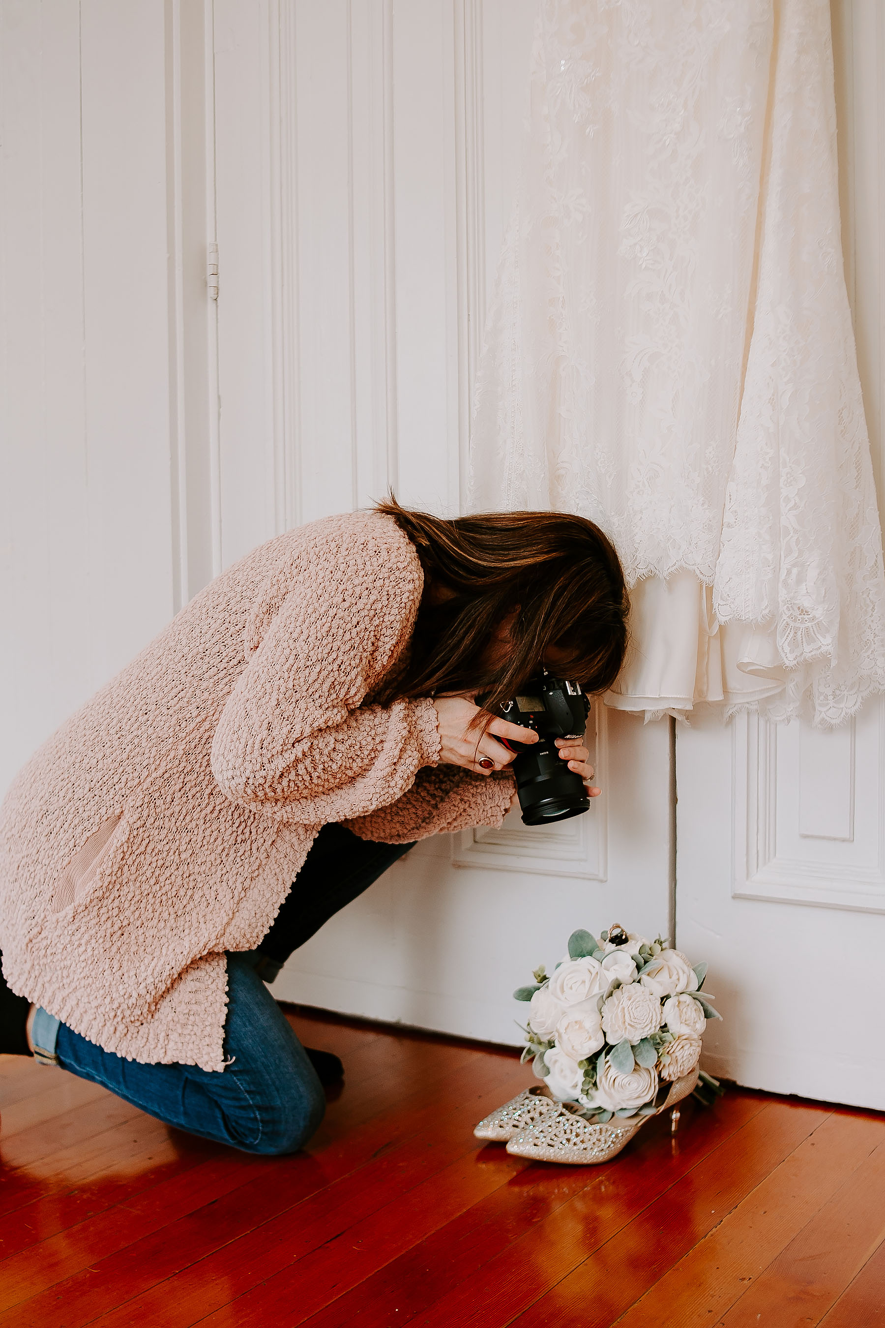 3. Photographers do not need to be present for the entire duration of hair and makeup.  Work with your photographer to coordinate their arrival and departure and what they can do to maximize their time with you and getting the most coverage of your day! While you are getting ready, they can be working on detail shots and documenting all the decor and little things.