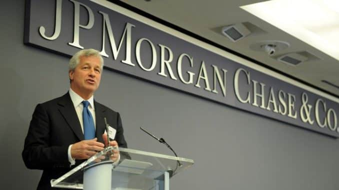 JPM Coin benefits: International payments for large corporate clients, secure transactions and bank's treasury services. Coingape Images