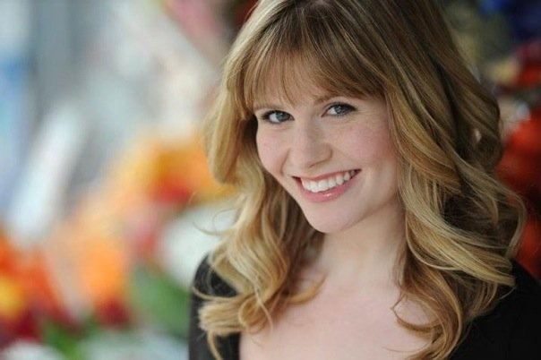 REBECCA WALL  Rebecca is thrilled to be joining the cast of LADADB. Rebecca grew up in Denver and attended Denver School of the Arts where she sang to her heart's content. She then move to the Big Apple went to NYU for Vocal Performance in Musical Theatre and tried to sing to her heart's content. Then she moved to Seattle and found the Seattle Ladies Choir where she gets to sing weekly and her heart soars. Rebecca would like to thank her family and friends for their support through every part of the journey to now, but especially would like to thank Matt Wall for continually supporting her dreams and going the extra mile with Sanders to make them come true.