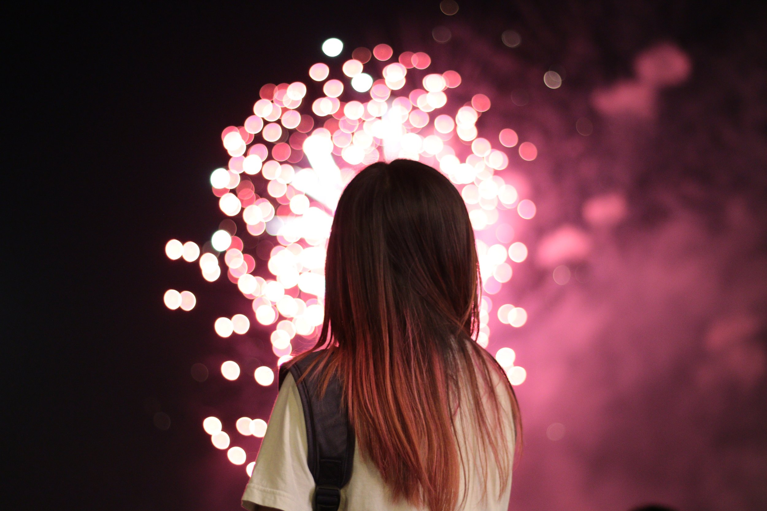 little-girl-sparkler.jpg